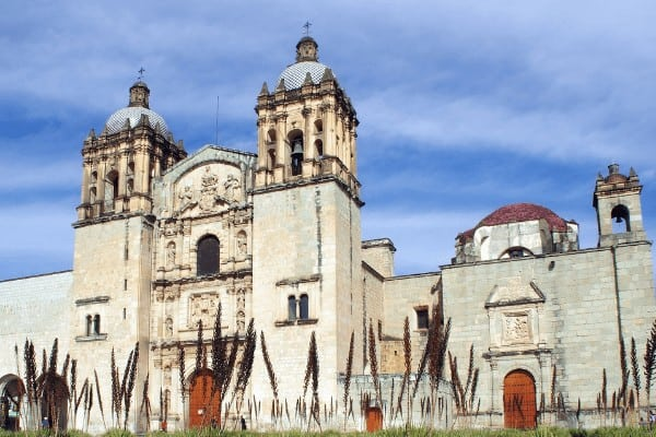 When making your Mexico travel itinerary, don't forget to visit Templo de Santo Domingo. It's one of the best things to do in Oaxaca!