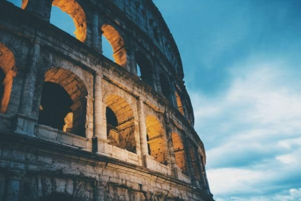Learn the secrets for how to travel Europe cheap with these life-changing budget Europe travel tips! Find out how to choose cheap Europe travel destinations.
