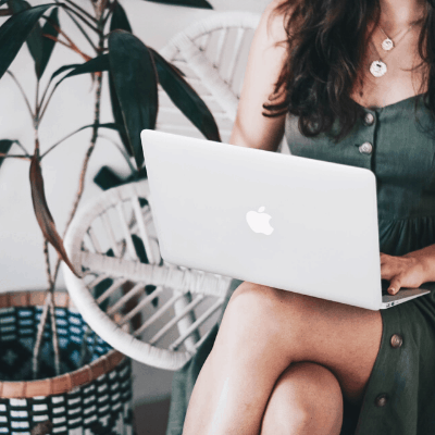 Expat vs. Digital Nomad: Which Lifestyle is Best for You?